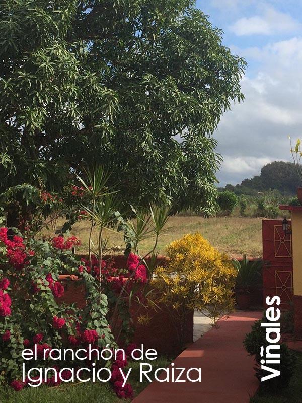 Viñales - El Ranchon Ignacio y Raiza
